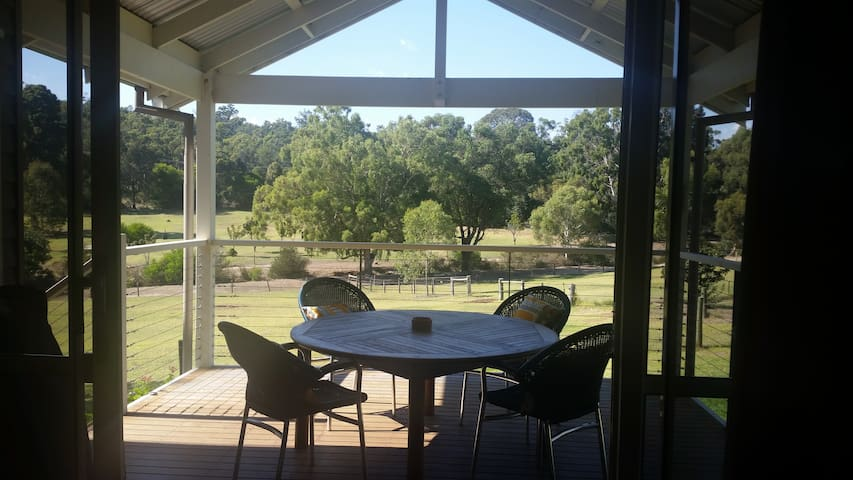 Perth Hills - Hillborne Cottage - Sawyers Valley - Ferienunterkunft