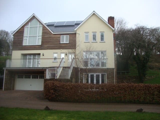 Entire House - Okehampton - Huis
