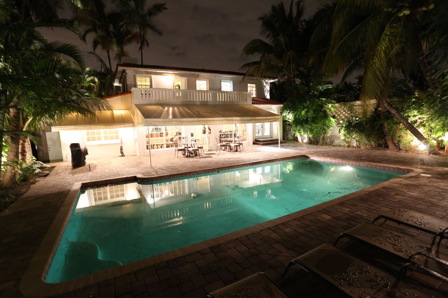 Waterfront Miami Beach Luxury Home