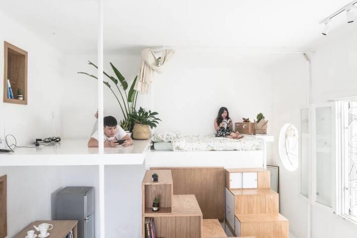 Best location ! Best furniture ! Best light !