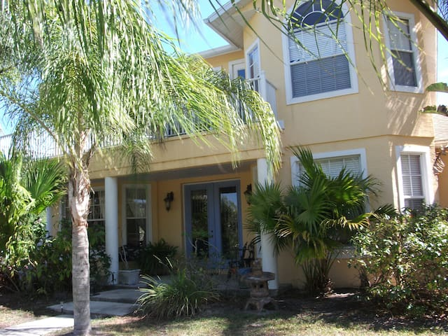 Tranquil Country Bed & Breakfast - Bradenton - Bed & Breakfast