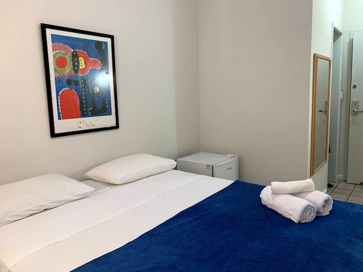 Apart Hotel ( no Calçadão de Camburi)