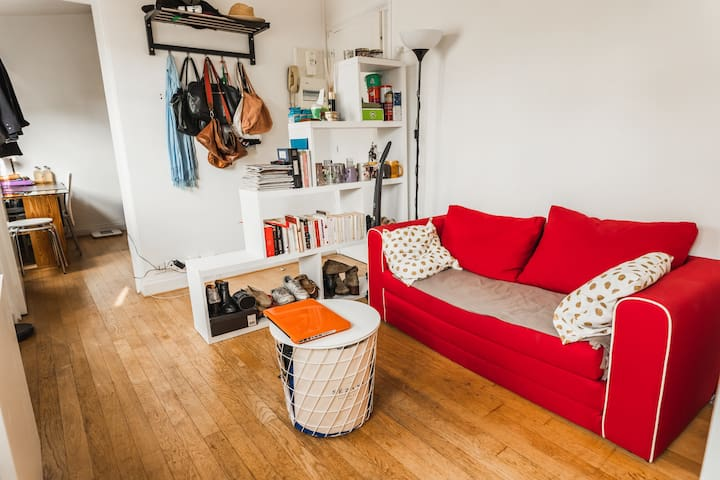 Cosy flat next to Panthéon - Professional Cleaning