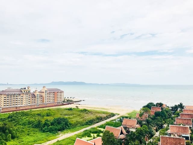 Nam Talay Condominium Sea View