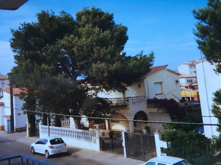 Appartement op 100m van het strand