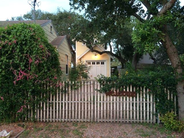 Tree House Rockport