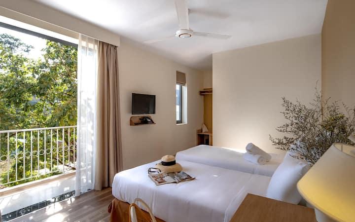 ☼ Là Em Villa ☼ Balcony Twin Room BKFST .incl ☼