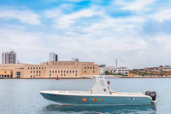 30ft Luxury Speedboat (Model 2019)