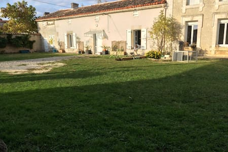 Chambre de charme - Mosnac - Bed & Breakfast