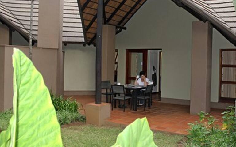Sudwala Lodge chalet
