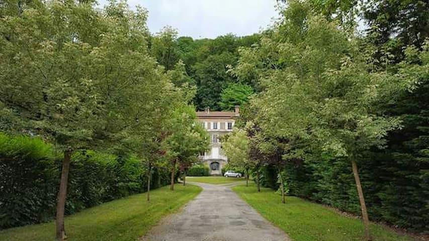 La Grange Caluire - Caluire-et-Cuire - House