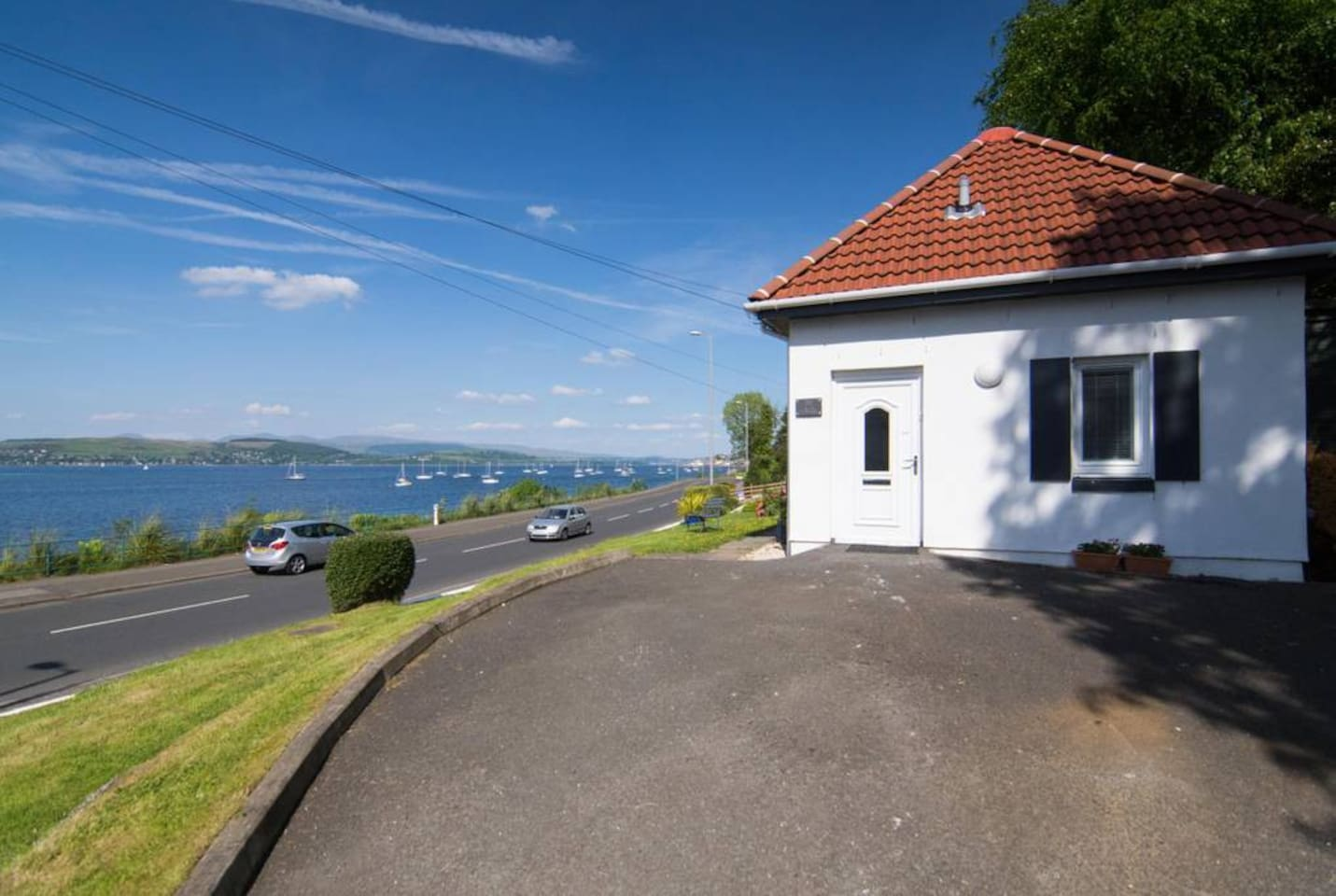 The Wee Cottage by the Ferry