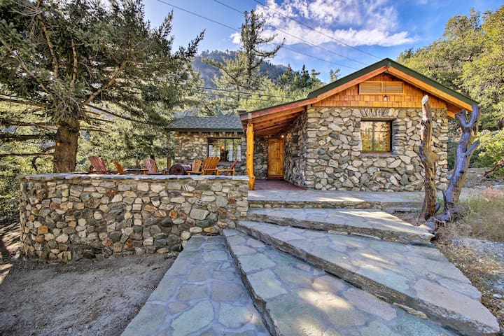 NEW! Walk to Hiking Trails from Mt. Baldy Cabin!