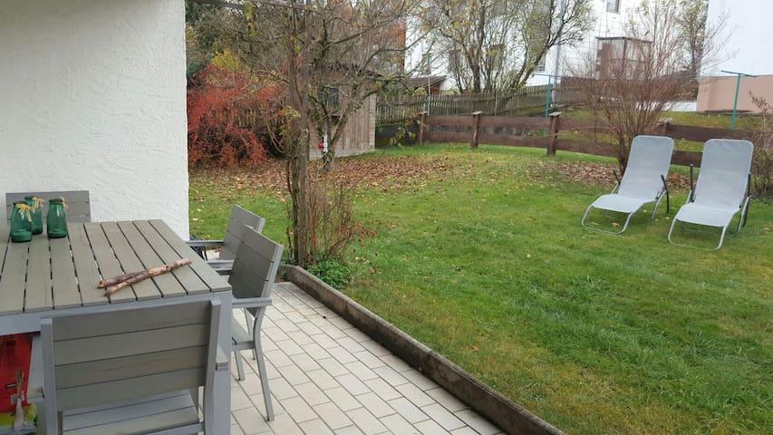 1 Zimmer in Wohnung mit Garten - Irschenberg - Daire