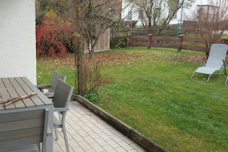 1 Zimmer in Wohnung mit Garten - Irschenberg - Pis