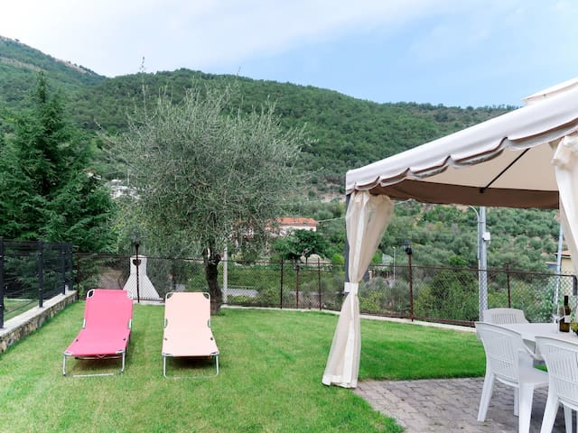 Two bedroom holiday apartment Bea
