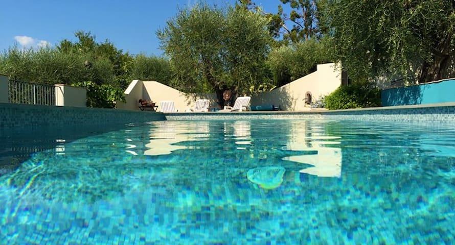 Loft Ouliva 3 P- piscine chauffée - Saint Martin du var - Apartment