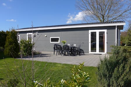 Chalet 106 /6p. from €85.00 p night - Velsen-Zuid