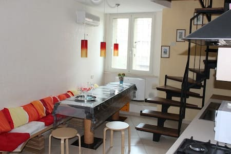 Piramide beautiful Loft June % - Roma