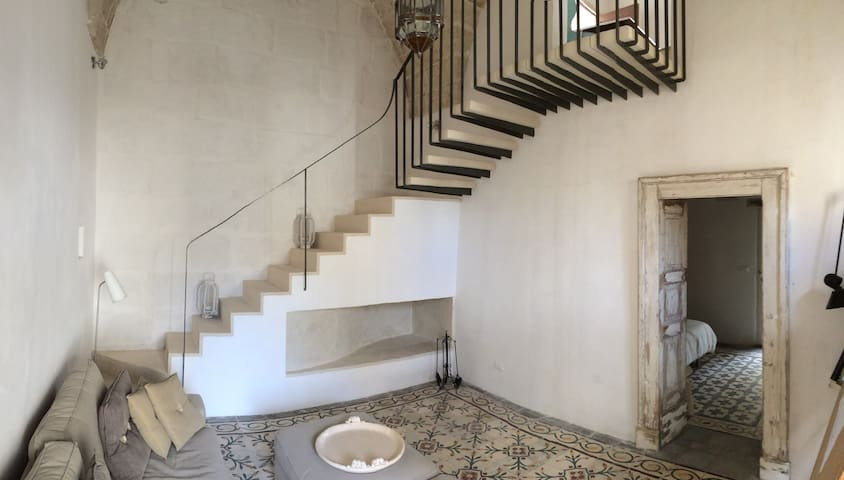 sitting room and staircase