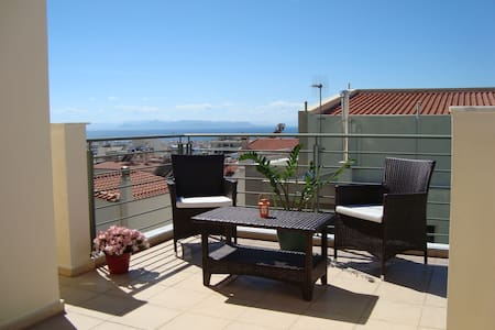 Glyfada, Athens, panoramic sea view - Glifada - Appartement