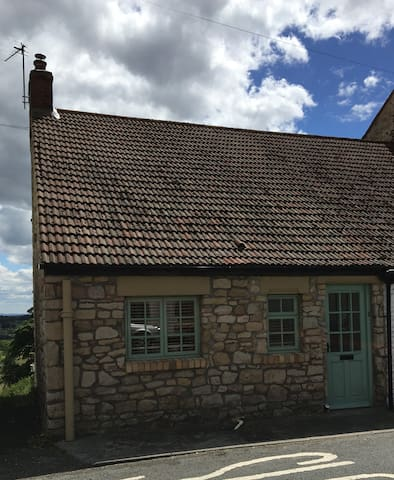Laburnum Cottage, Middlestone.