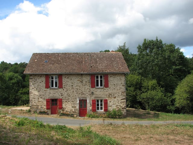 Gîte Dordogne-Limousin - Dournazac - Hus