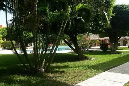 Habitación sencilla zona centro de Cancun - Cancún