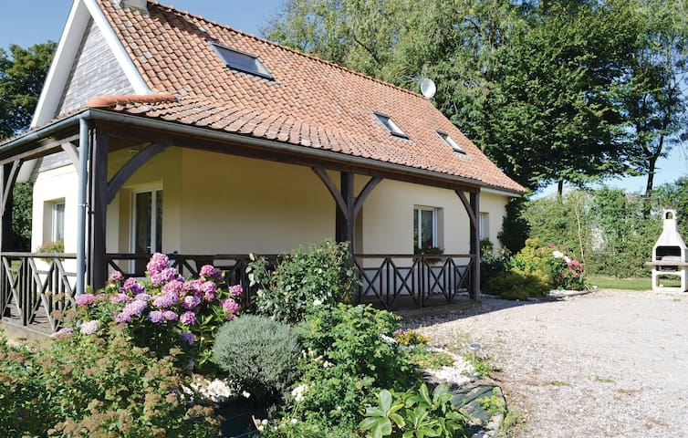 Holiday cottage with 3 bedrooms on 100 m² FNP101