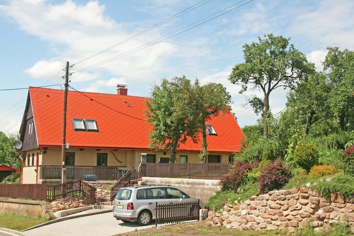 Maison de vacances cosy à Rtyne v Podkrkonoší avec jardin