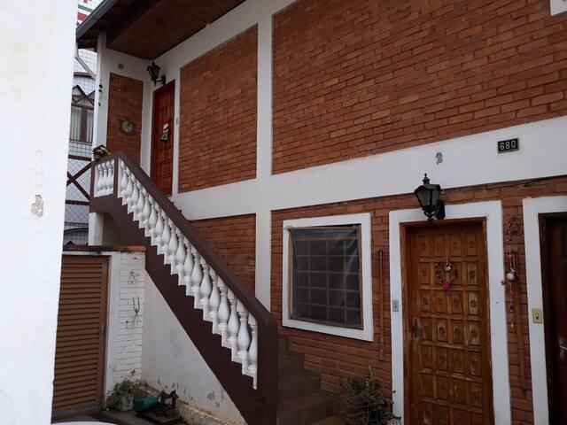 Casa próxima ao  Calçadão de São Lourenço