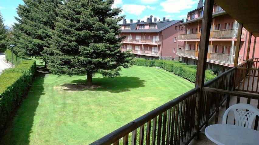 Planta baja duplex soleada - Llívia - Lägenhet
