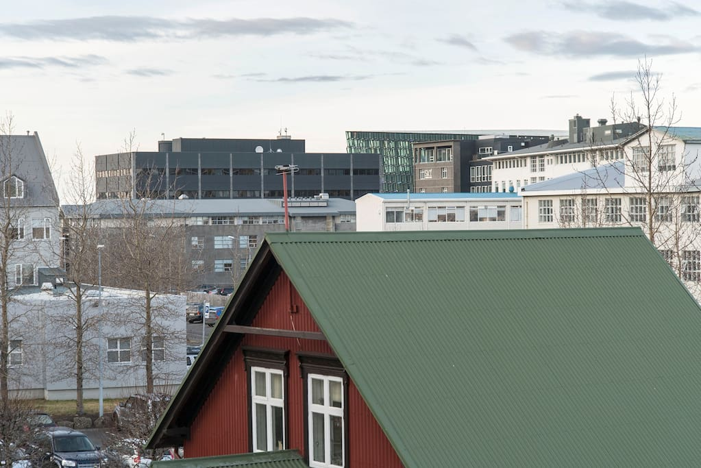 The little red house and the view to west towards Harpa