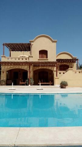 4Bedrooms villa ,private pool and lagoon view li