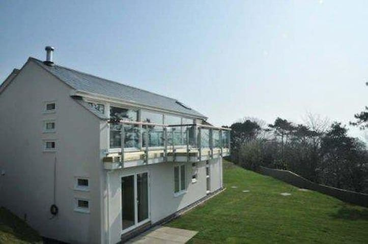 lovely sea views of Cardigan Bay - Aberdovey - Casa