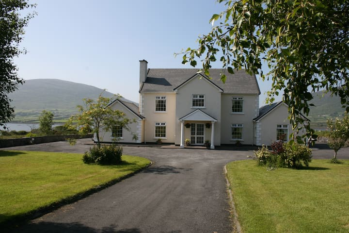 The Final Furlong Farmhouse B & B - Cahersiveen