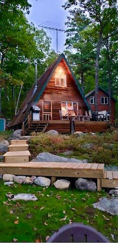 Rattlesnake Island cottage **BOAT NEEDED**