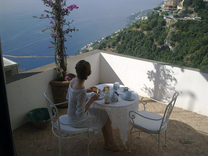 Amalfi  bella casa con grande terrazzo panoramico