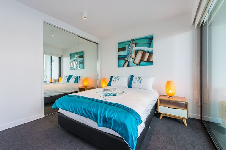 Stylish Luxury Apartment - South Yarra - Leilighet