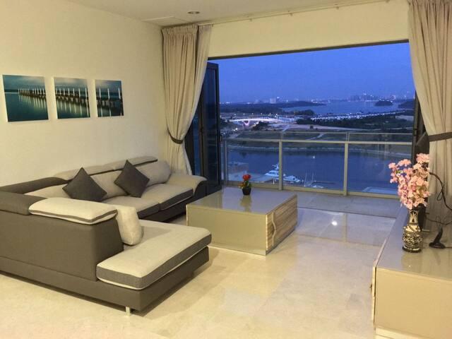 WaterFront Living @ Imperia Puteri Harbour 3.3 - Nusajaya - Apartment