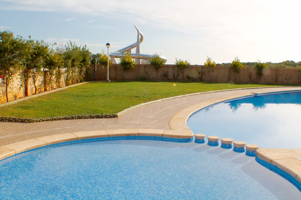oropesa dating site 12 real castles where you can stay overnight by danny jensen august 02 on-site dining the parador de oropesa is definitely worth a visit.