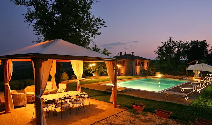 BEAUTIFUL VILLA IN TODI