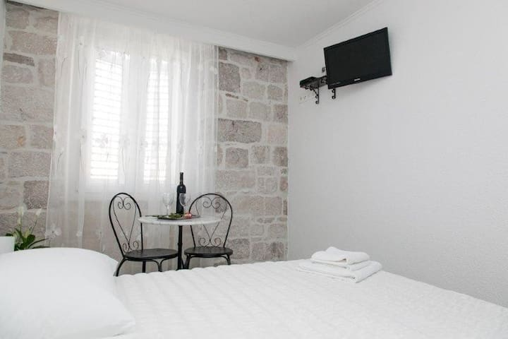 ROOMS DOJAŠKA TROGIR
