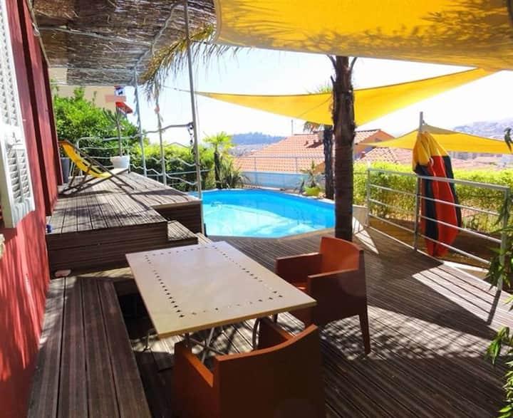 Villa design, swimming pool, 6 pers