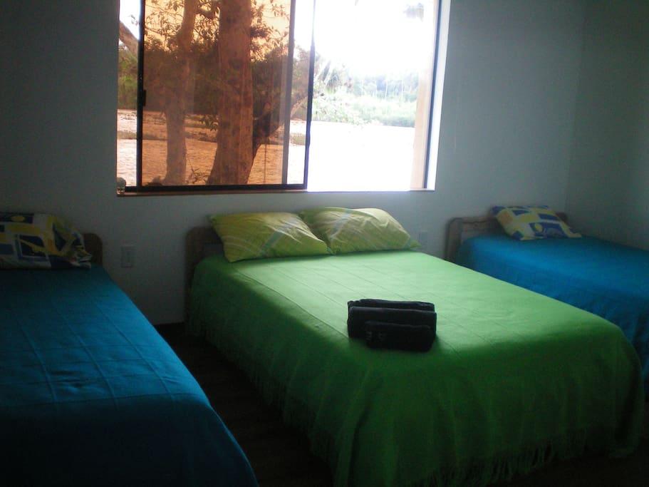 caba as piedra de vapor cabanes louer puerto quito. Black Bedroom Furniture Sets. Home Design Ideas