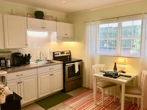 Walk to the Beach! Clean & Comfy with Large Patio