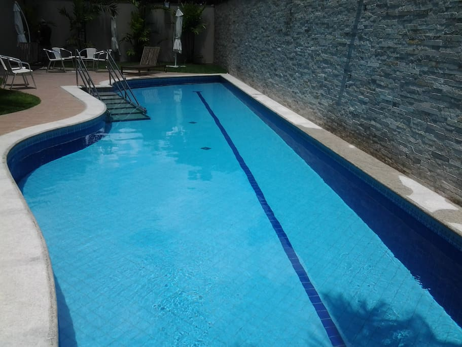 Pool 2 - Piscina 2