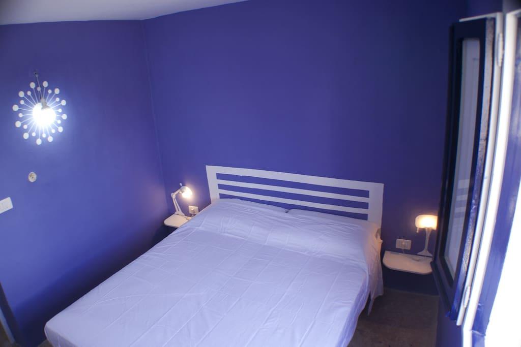 La casa con le finestre blu apartments in affitto a parabita ap lia italia - La casa con le finestre che ridono ...