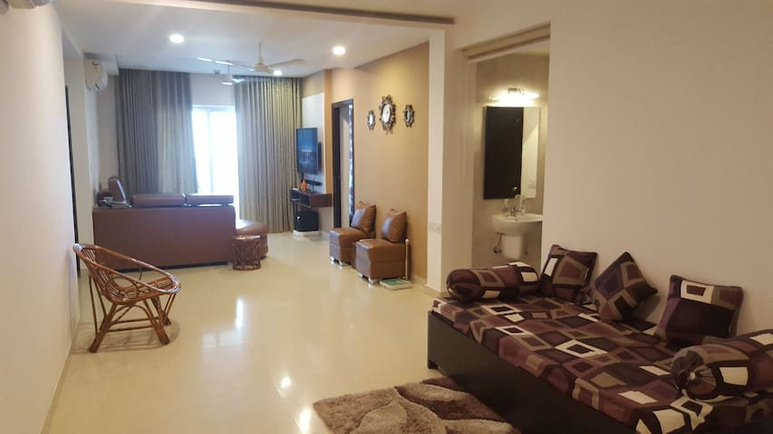 Premium Apartment Room for expats and travellers