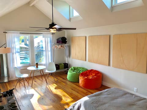 Spacious Loft in Historic Fairmount Neighborhood